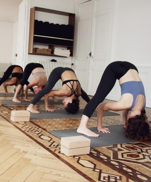 un abonnement de yoga pour votre maman